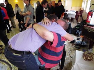 Being a hugger myself, I love a good hug back... thank you, Nico - you made me SO welcome...